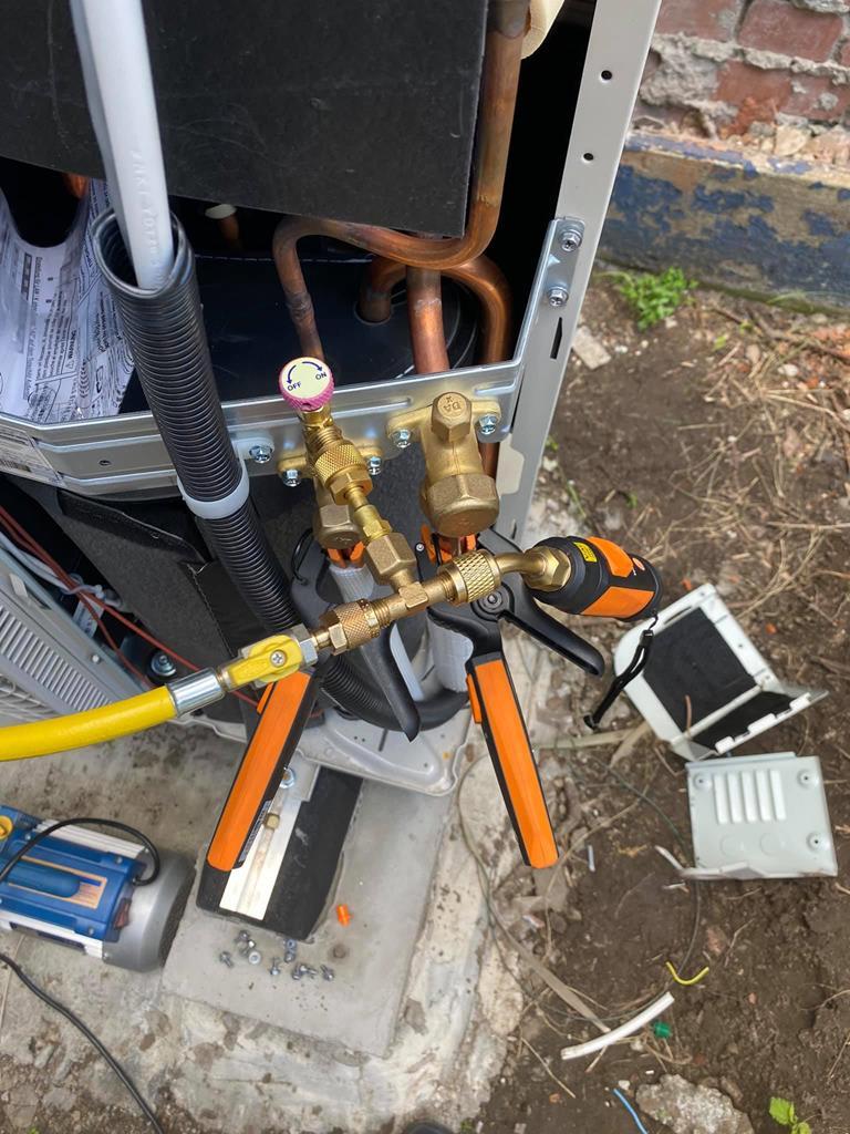 montaż pompy ciepła Dimplex w Zabrzu